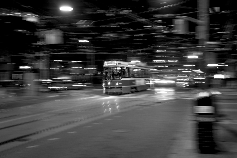 20151010-_DSF6777 Stret car on King.jpg