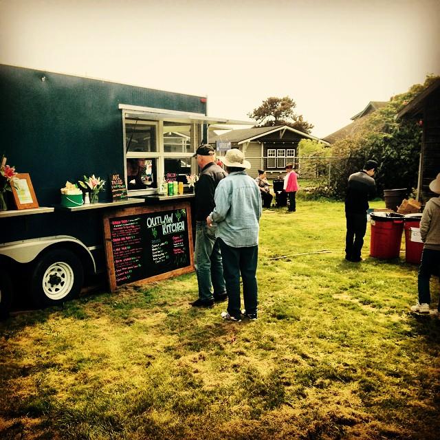 #outlawkitchen #humboldtcounty #getinmybelly #ahi #tri-tip #cheesecake #westhhaven #volunteerfiredepartment #coconutcurryrice #organic #salad