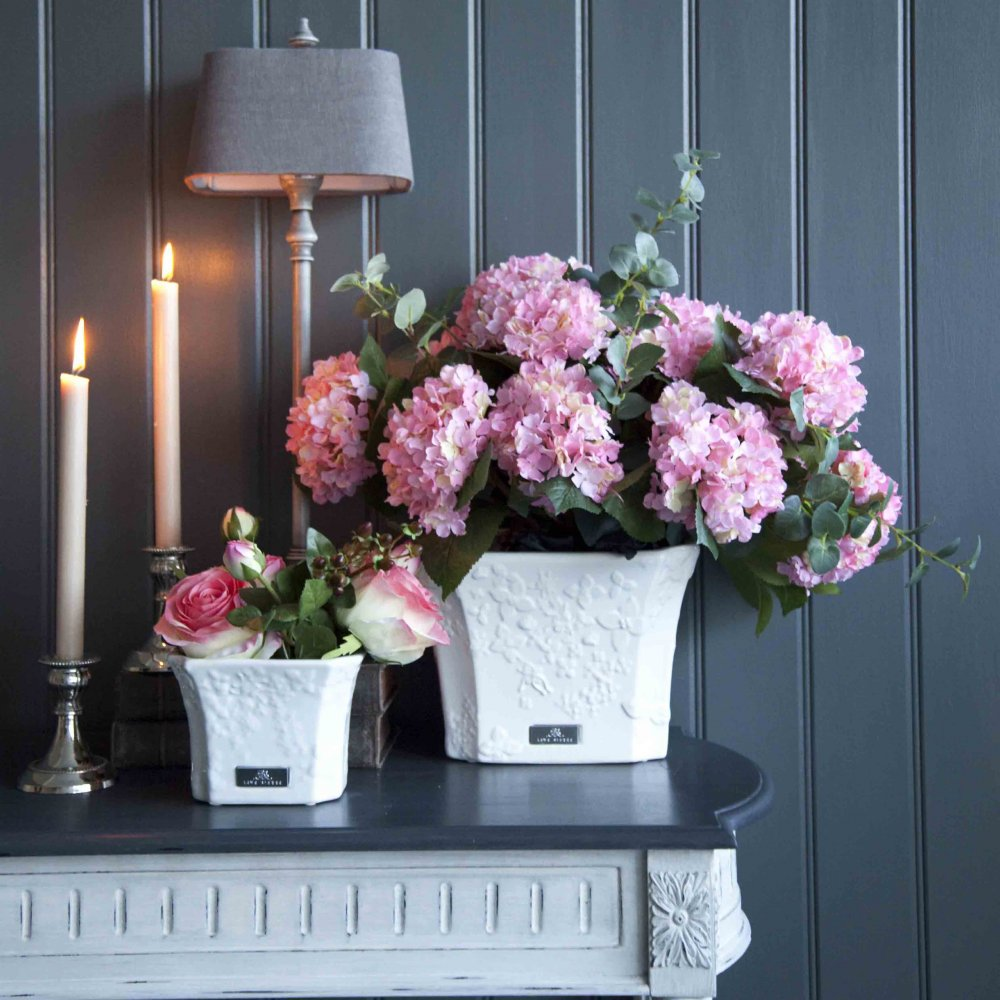 lene-bjerre-floral-print-planter-small-p474-686_image.jpg