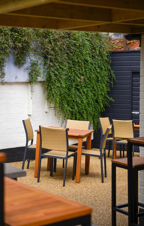 Nags Head Pub East Leake 2.jpg