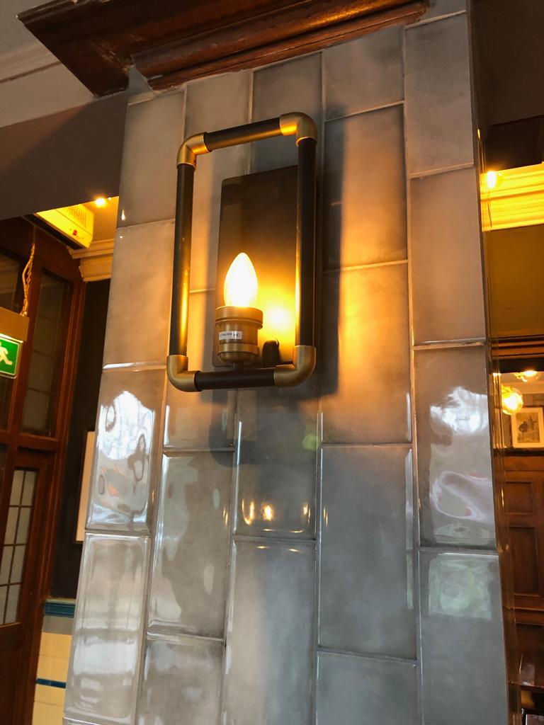 the-palace-leeds-pub-interior-design-tiled-walls.JPG