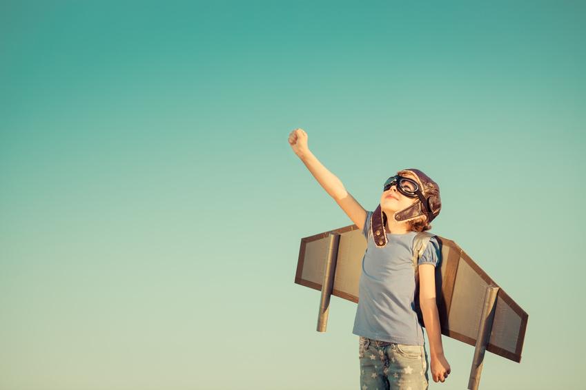 Wer auf persönliche Stärken vertrauen kann, geht mit mehr Selbstbewusstsein voran. (Quelle: fotolia)