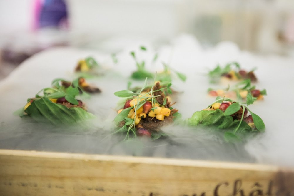 Beef cheek, baby gem cup, mango and coriander.jpg