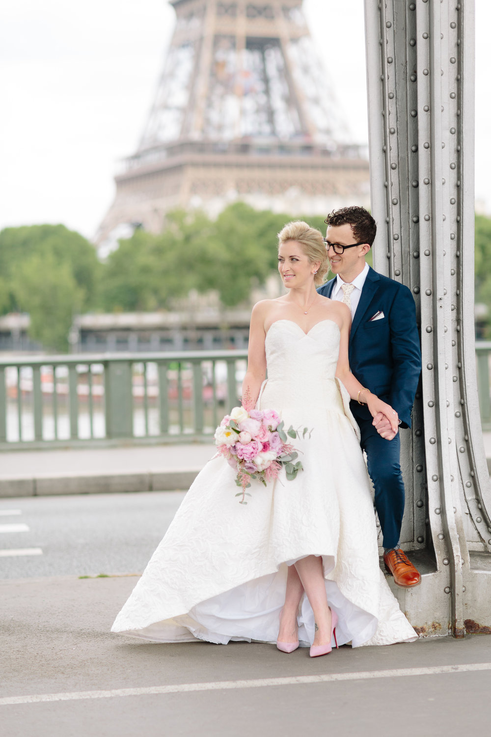 Eiffel Tower Bride & Groom.jpg