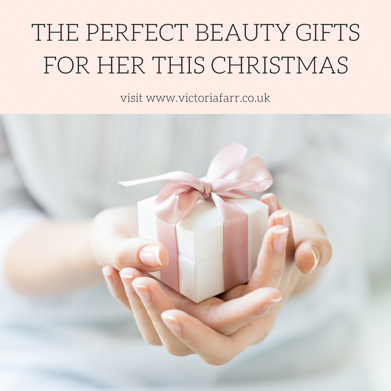 CHRISTMAS GIFT GUIDE FOR HER.png