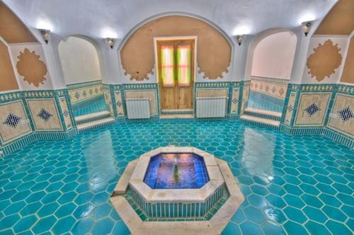 Moshir Garden Hotel