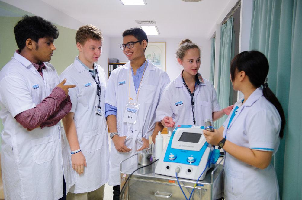 Volunteer for med school