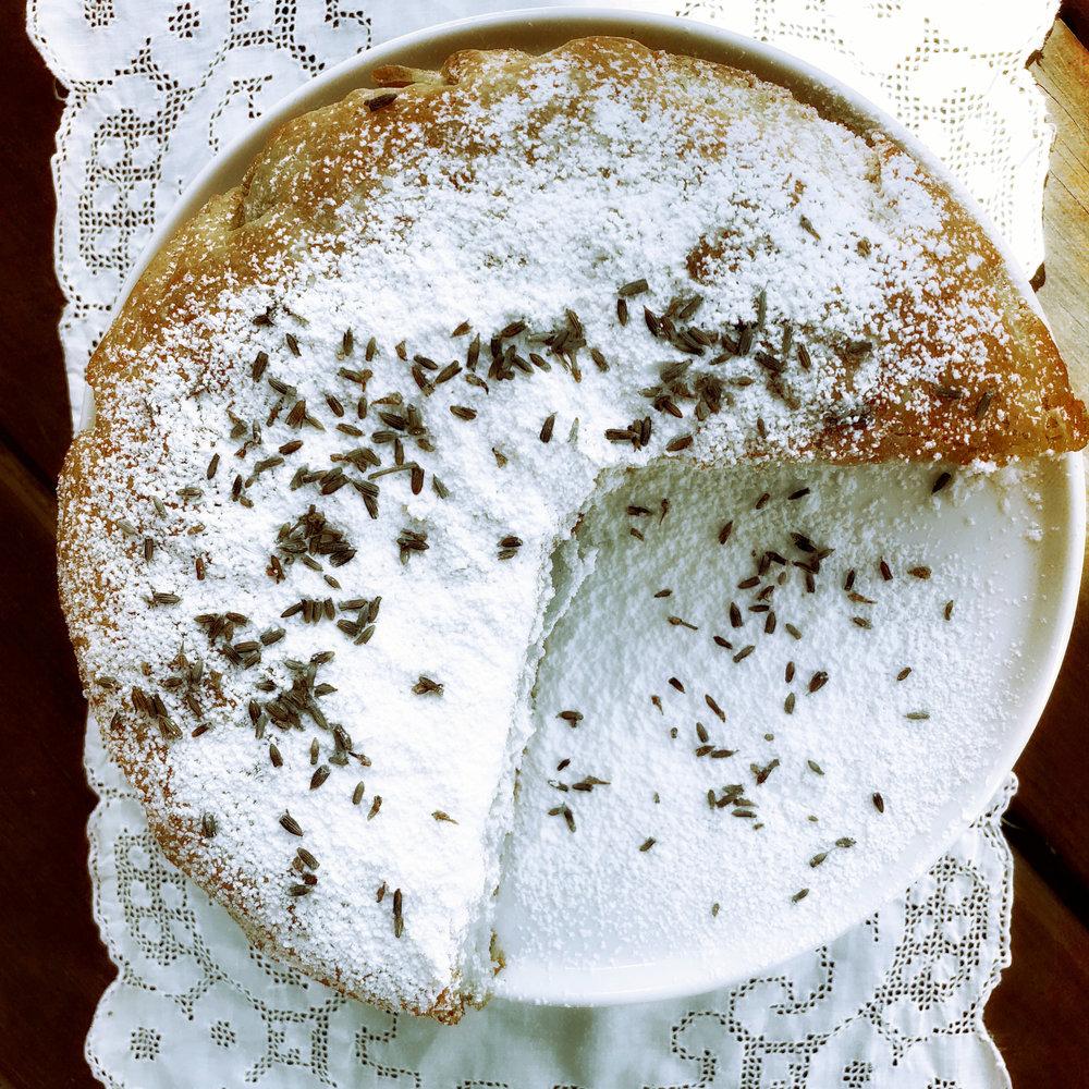 ©Lemon & Lavender Cake Upclose.jpg