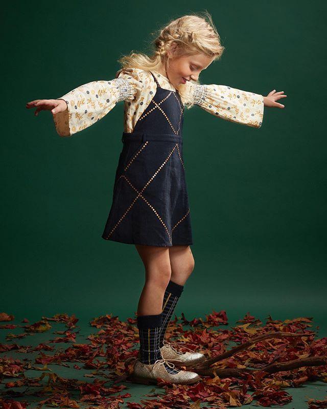 Velveteeing into the new year !  #hny #newyear #happynewyear #kidsfashion #kidsjacket #jumper #layering #fall #momsofinstagram #fashionblogger #kids #fashion #fashiongram #motherhood #girls #girl #fashionista #winter #aw18  #birminghamuk #birmingham #instafashion #photooftheday #kidstagram #natural #shadesofbrown #🍂