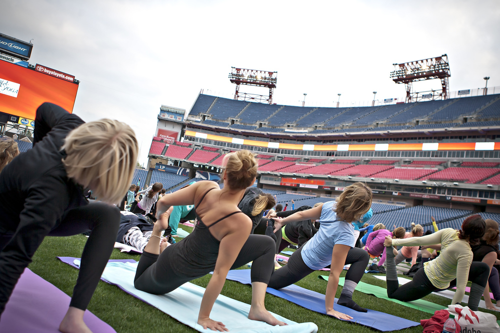 Yoga on the Field 2015 200.jpg
