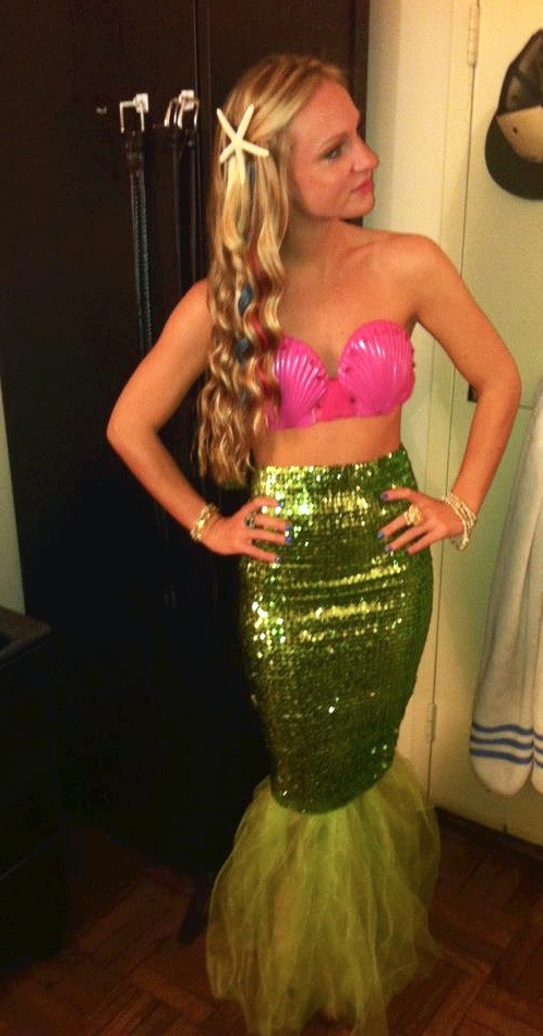 mermaid costume diy  sc 1 st  I Think Therefore I Dress & The Halloween Edition: Five DIY Costumes Ideas u2014 I Think Therefore ...