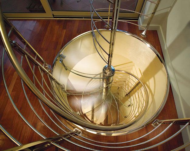 Marretti spiraltrappa i glas.jpg
