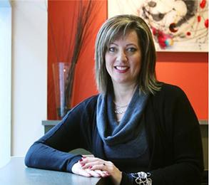 Rochelle Dvorkin, Photographed by Colleen De Neve, Calgary Herald.