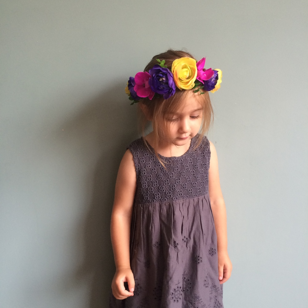 Paradise Falls flower crown, flower girl ideas, cool flower girls