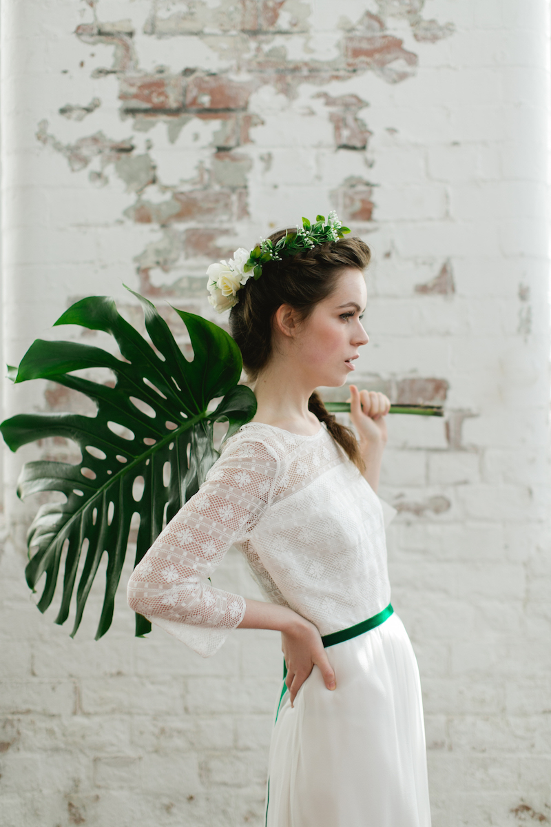 Green and white bridal inspo - cool wedding editorial from archive 12, Ireland
