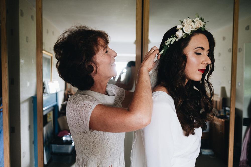 archive 12 bride wears minna hepburn