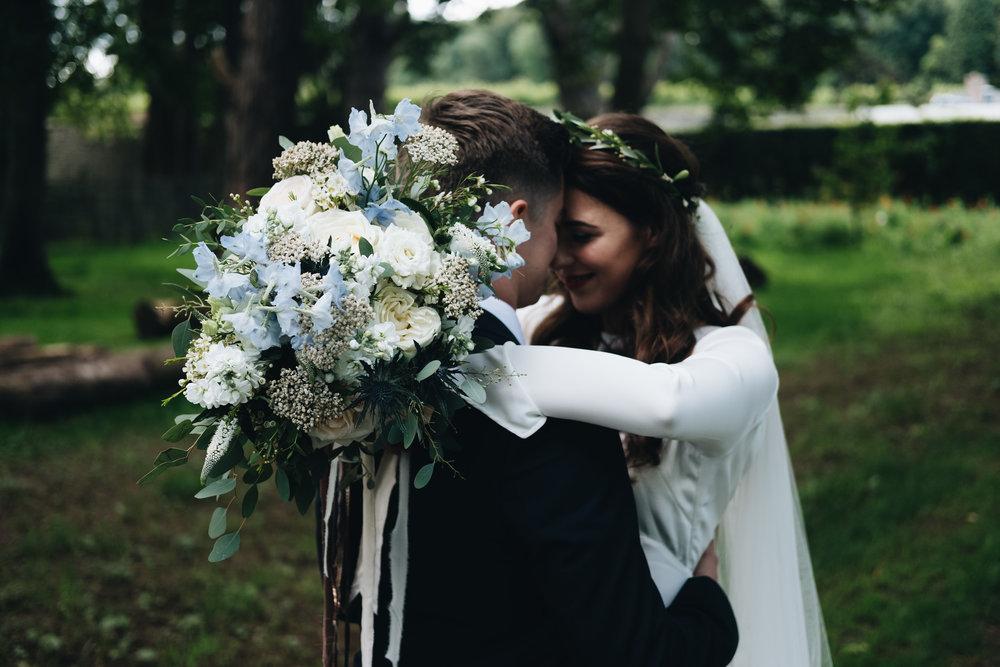 gorgeous modern irish wedding