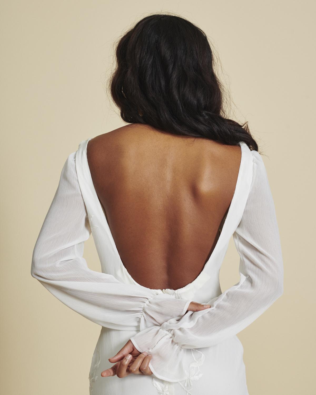 b1face9620 5 ways to wear a bra with a backless wedding dress — A R C H I V E 1 2