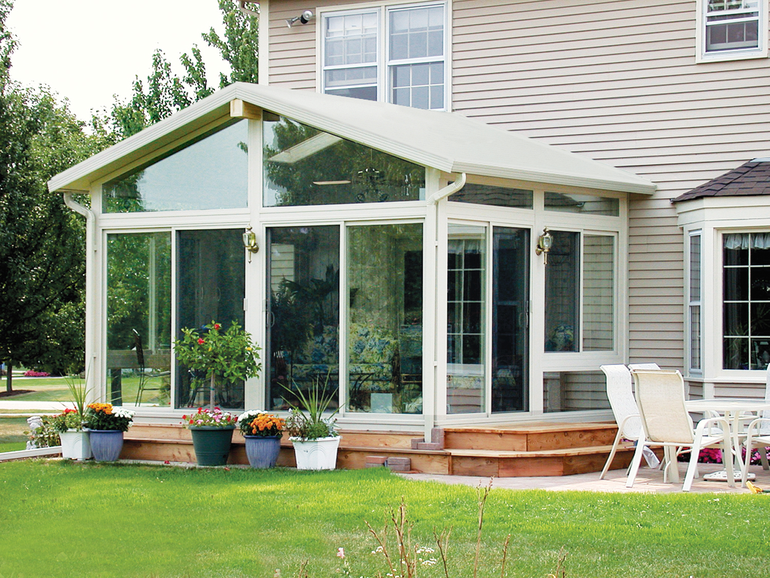 year round sunrooms midwest outdoor living