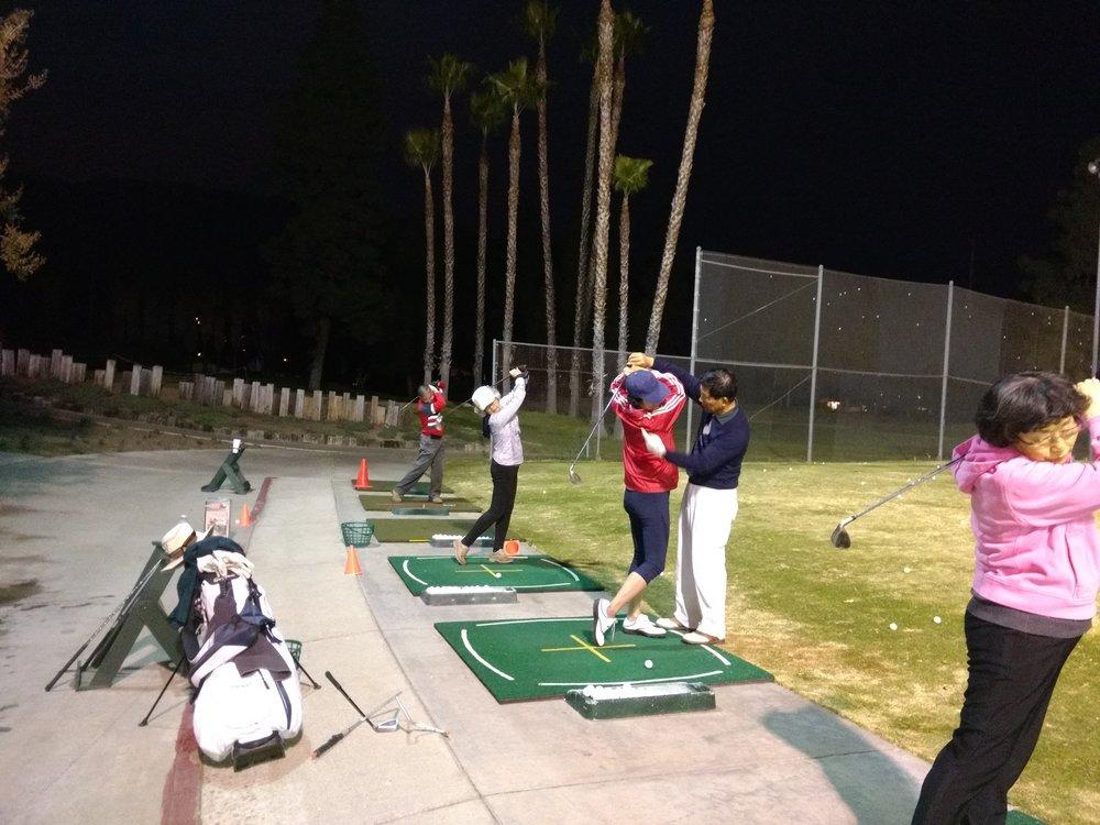 信望愛 高爾夫球 戶外活動