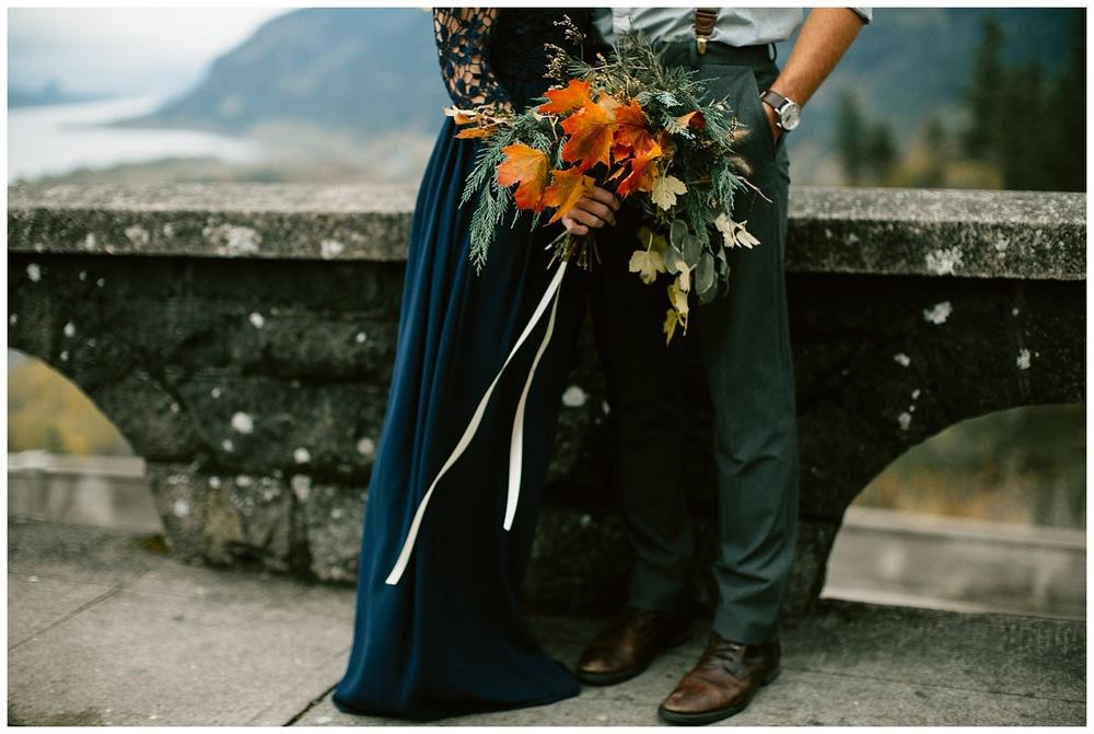 columbia gorge elopement bouquet