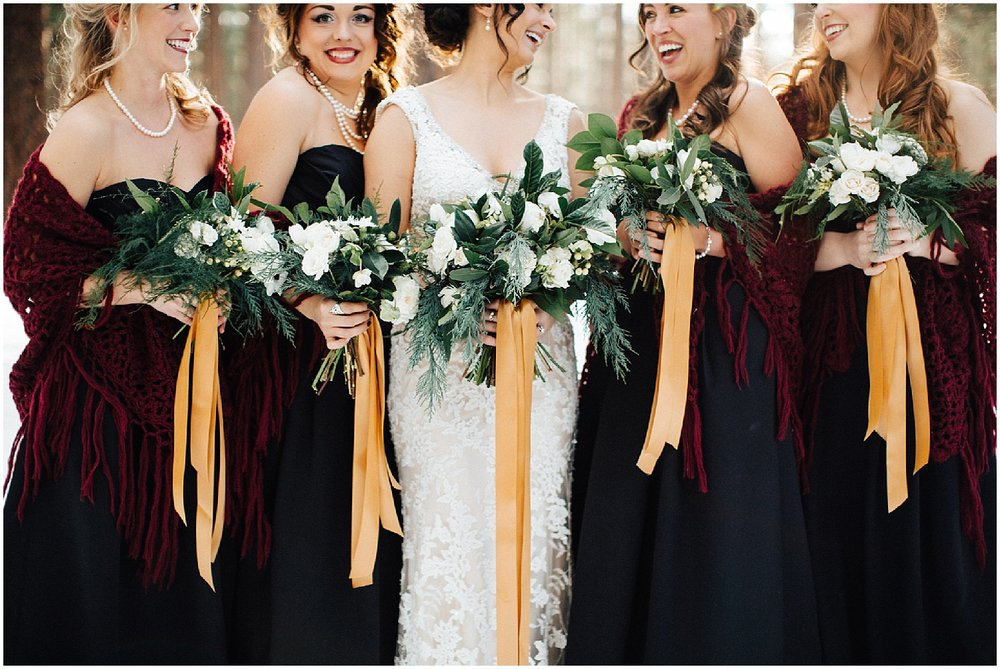 free flowing wedding flowers