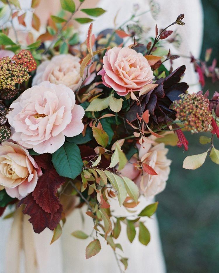 garden inspired bouquet style