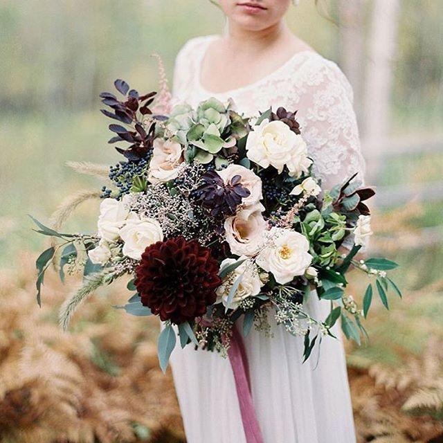dark dhalia bridal bouquet