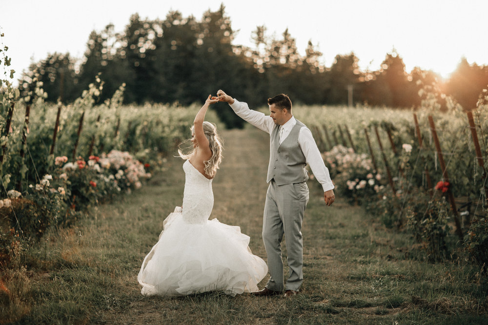 Salem Oregon wedding vineyard