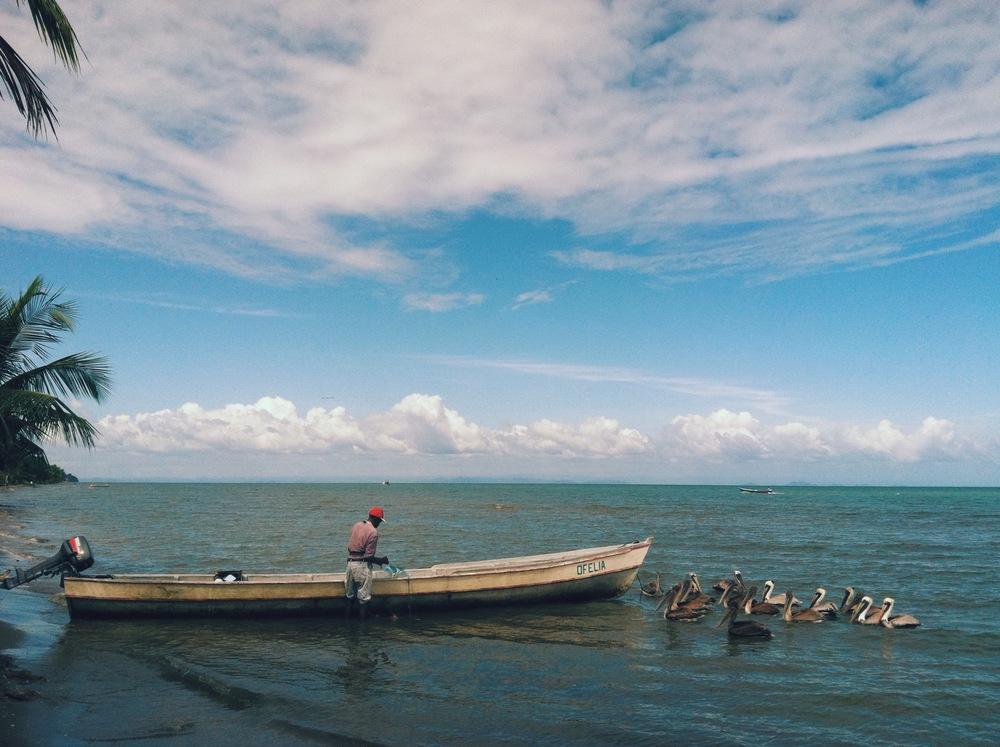 guatemala boat livingtson.JPG