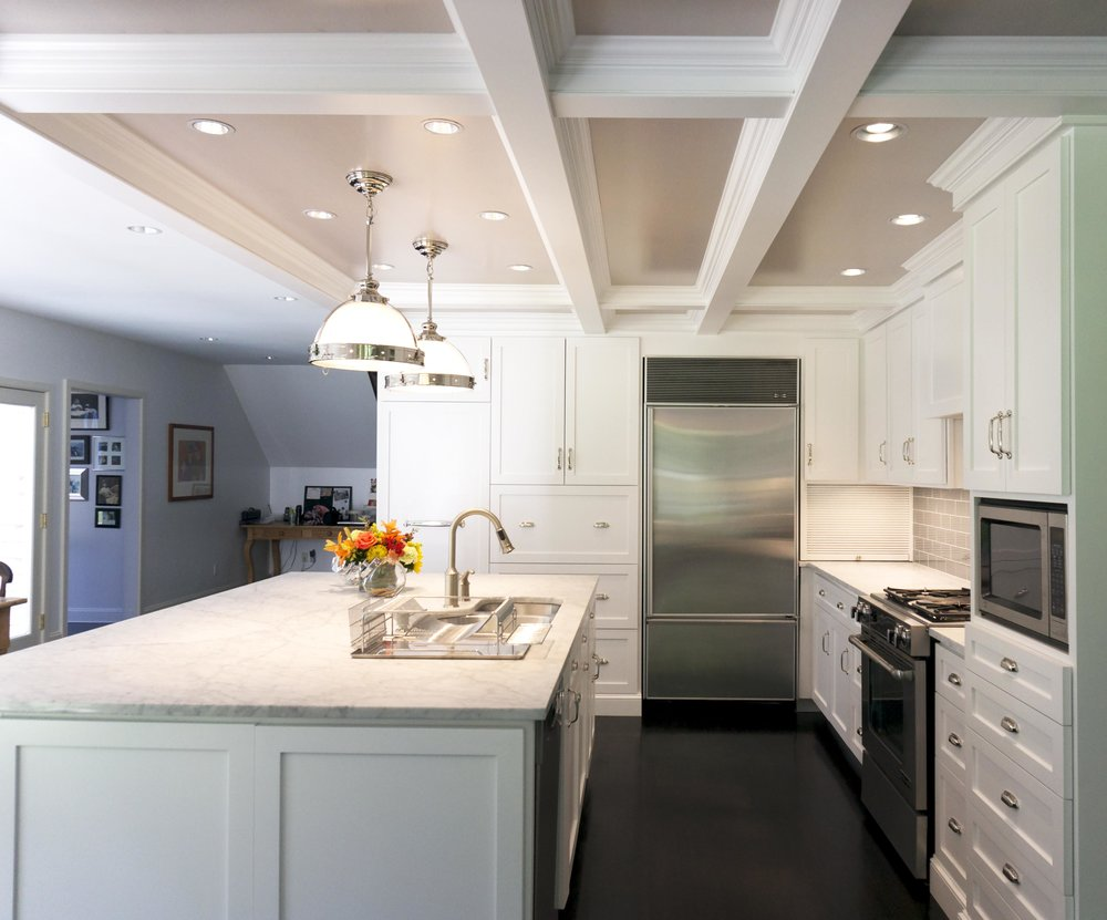 Honore-Cabinetry-custom-kitchen-contemporary-traditional-painted-coffered-ceiling-side.jpg