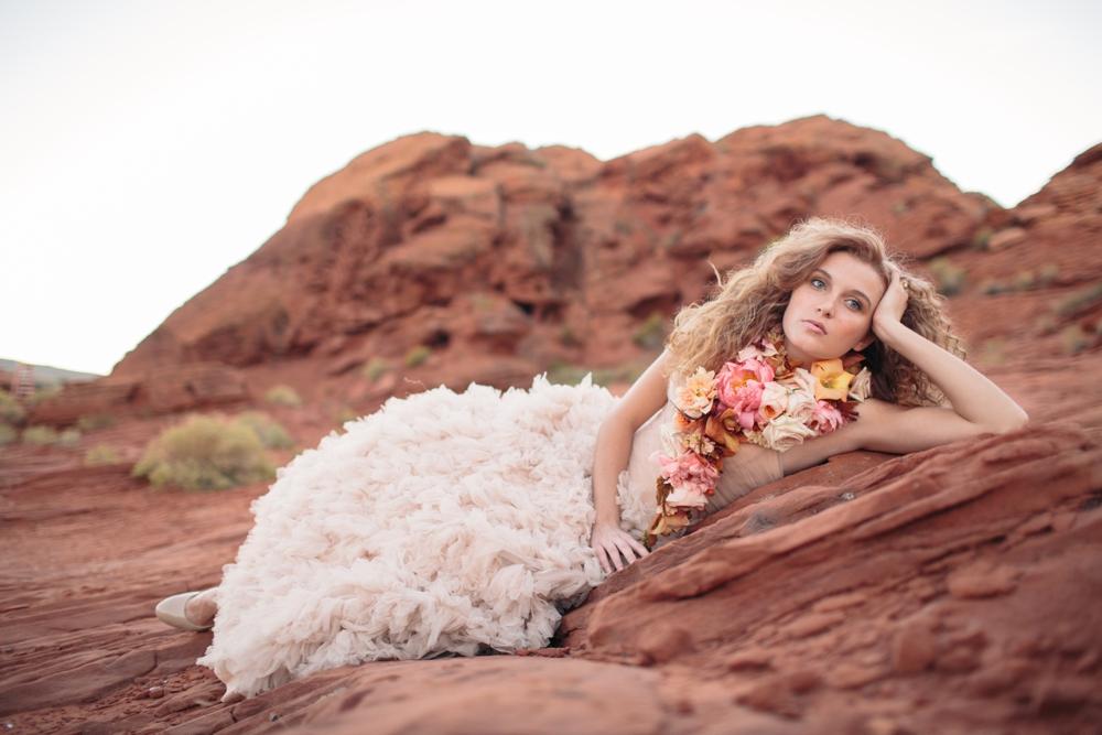 Momental Designs Utah inspired wedding with Utah wedding photographers With Love & Embers