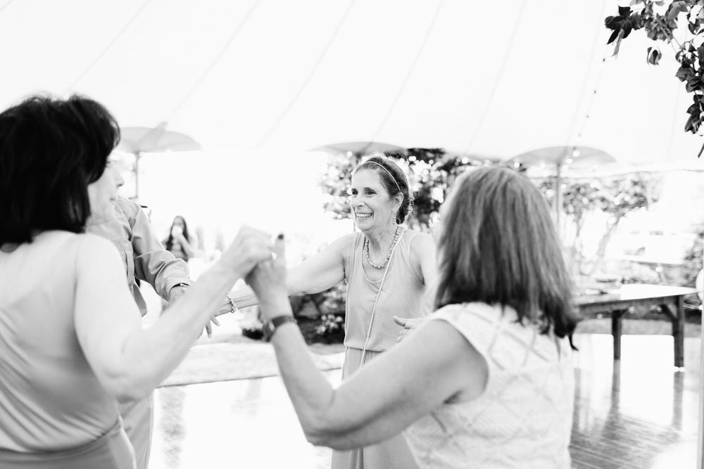 avon-by-the-sea-wedding-164.jpg
