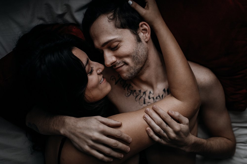 cheyenne gil / intimate couples session / philadelphia couples session