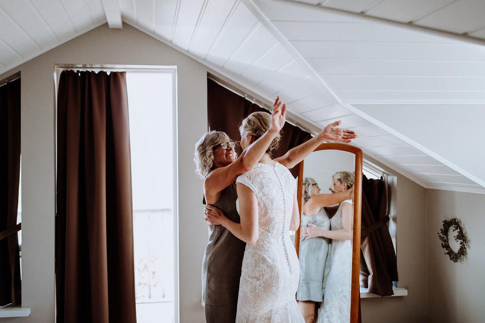 iceland-wedding-photographers-051.jpg