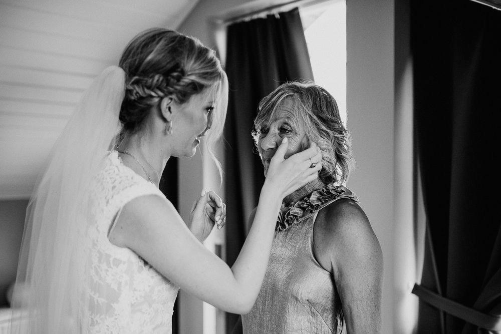 iceland-wedding-photographers-054.jpg