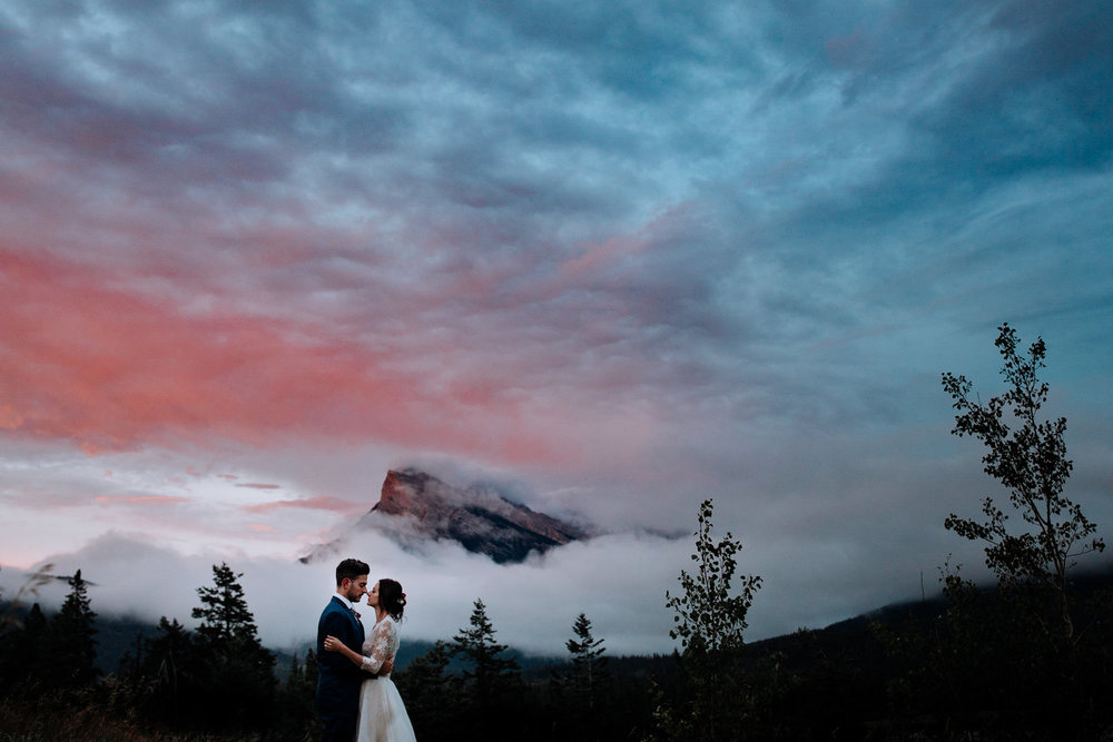 banff elopement / banff elopement photographers / lake louise elopement