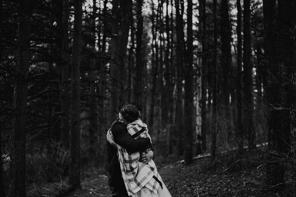 woodsey-elopement-_004.jpg
