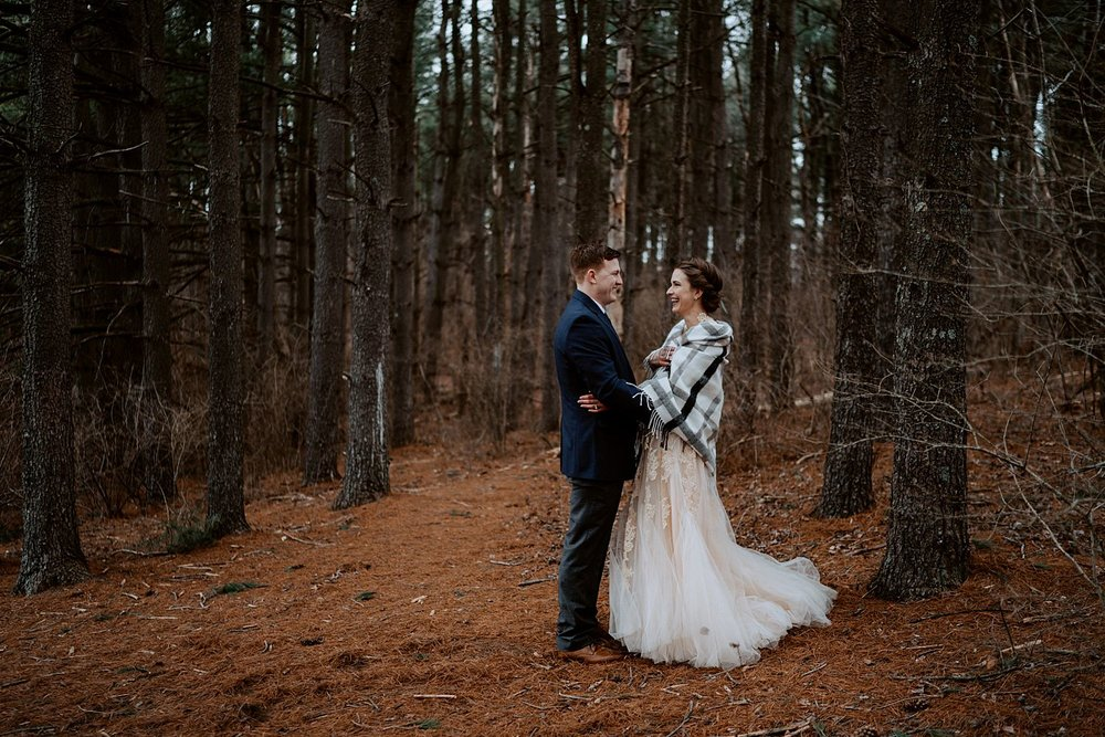 woodsey-elopement-_006.jpg