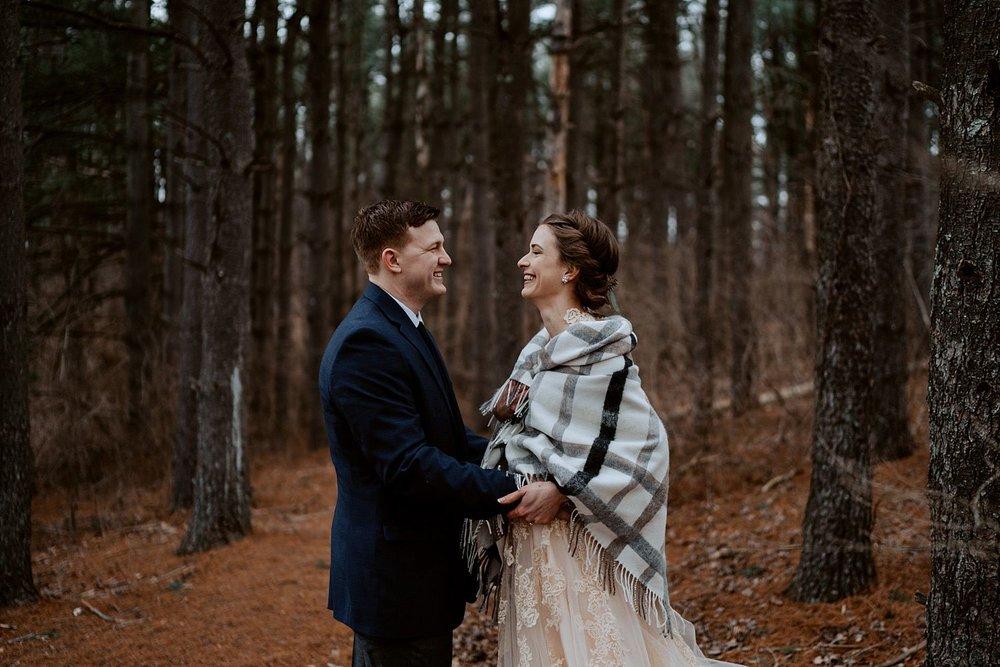 woodsey-elopement-_009.jpg