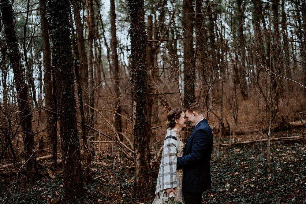 woodsey-elopement-_013.jpg