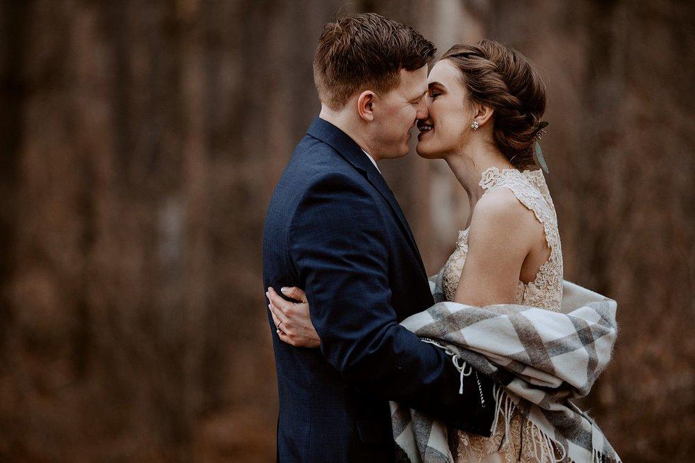 woodsey-elopement-_015.jpg