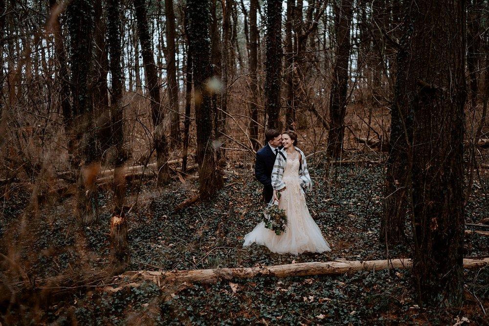 woodsey-elopement-_020.jpg