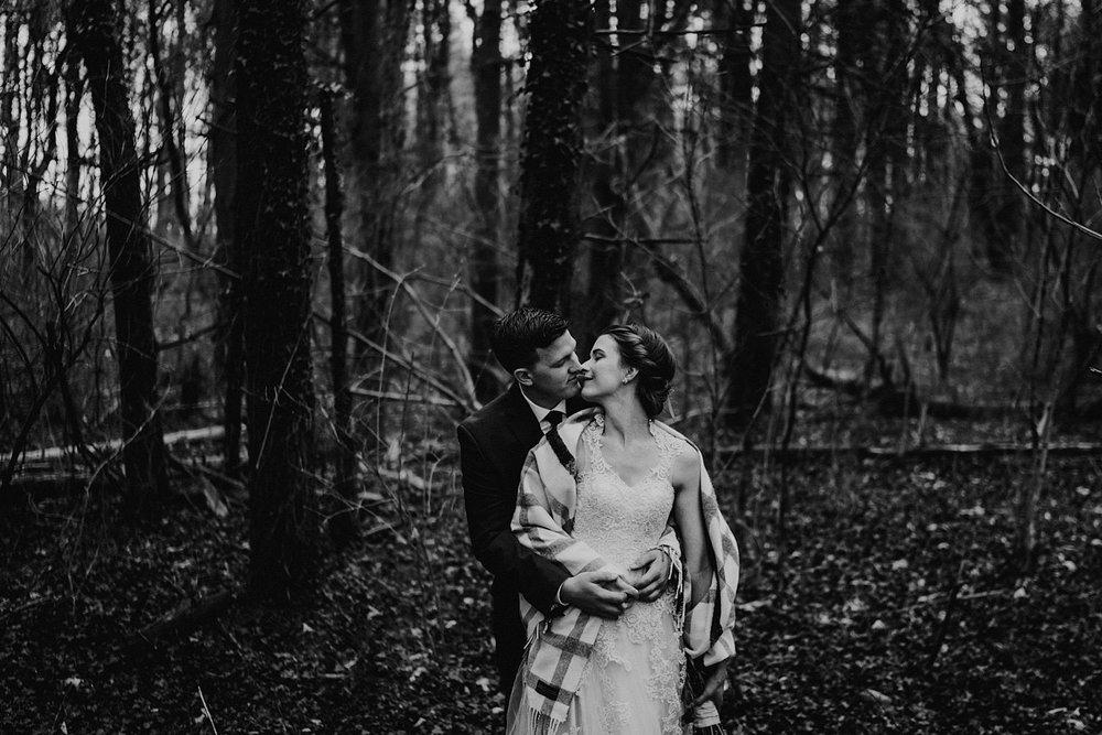 woodsey-elopement-_027.jpg