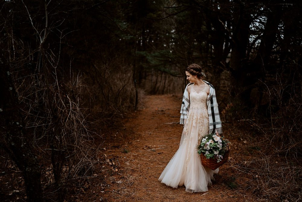 woodsey-elopement-_055.jpg