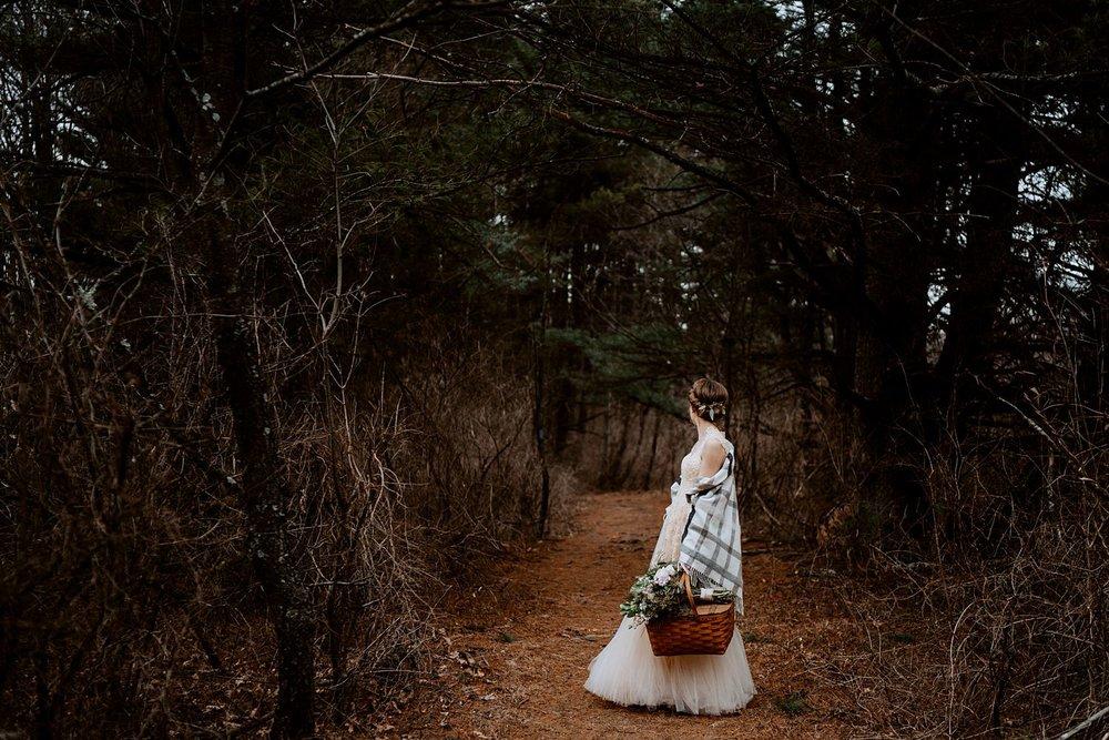 woodsey-elopement-_058.jpg