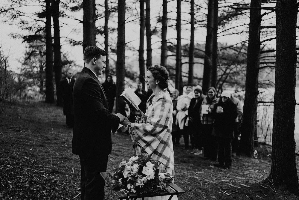 woodsey-elopement-_102.jpg