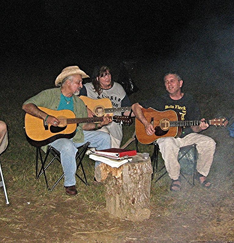 Three guitars: Tom Mullian, Nick Filone, Eileen D'Angelo
