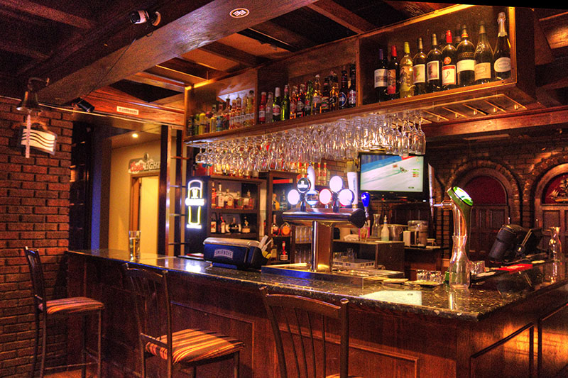 bar-small.jpg