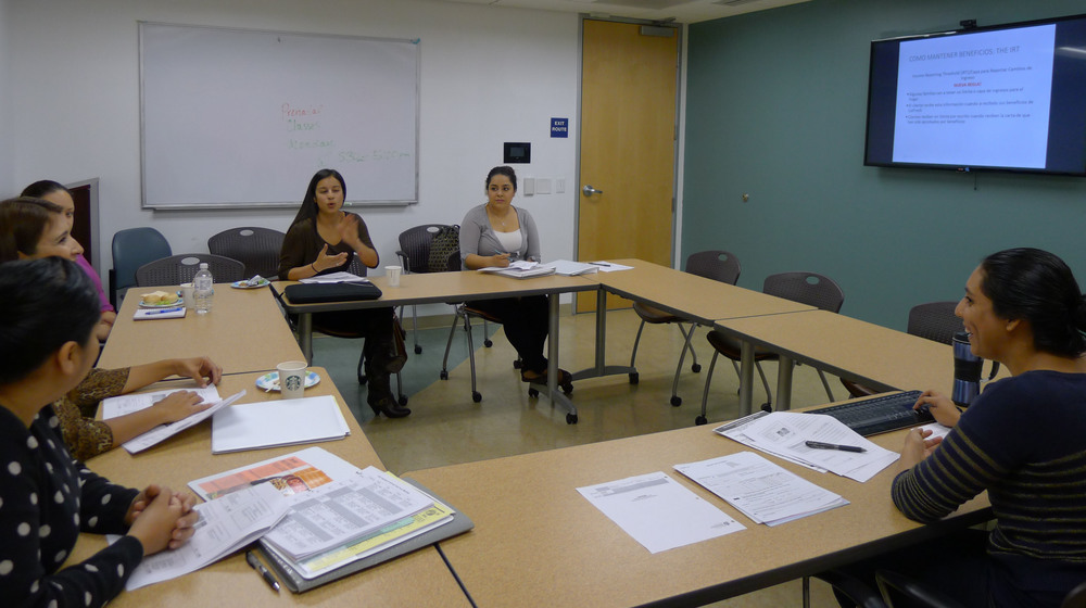 Marcia Garcia (Right) Conducts first CalfFresh 101 Training in Spanish